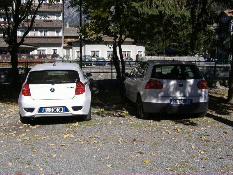 BMW 1er AeroSportPack vs VW Golf GTI