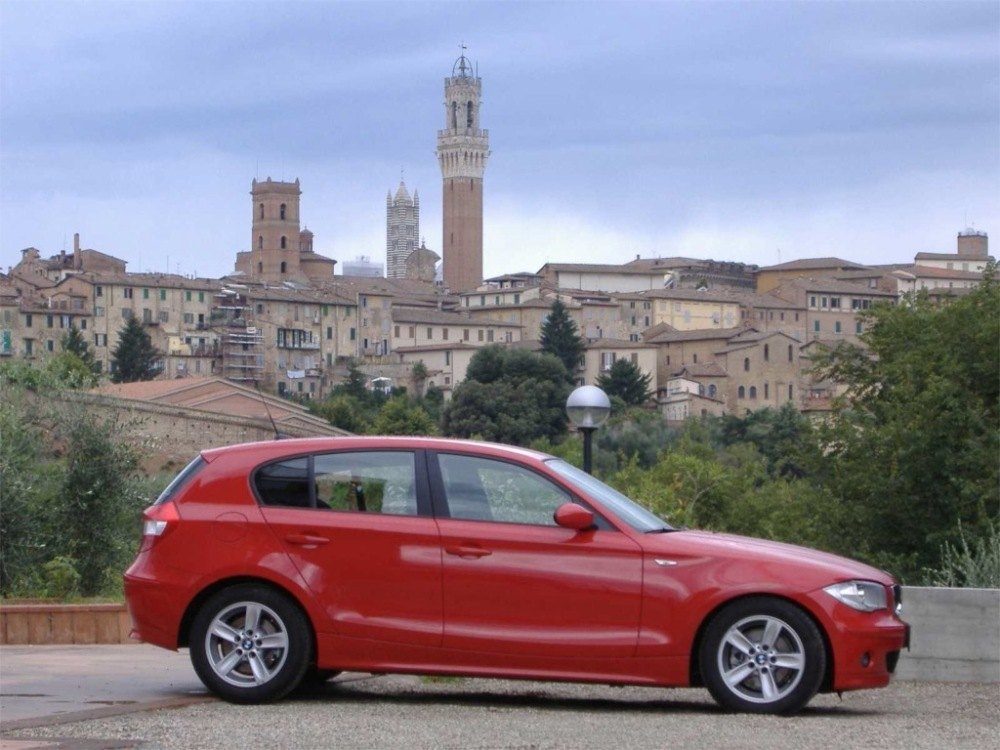 BMW Serie 1 E87 vs Serie 1 F20 (3/6)