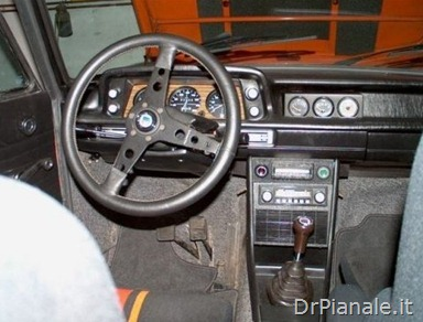 1974_BMW_2002_Touring_Alpina_A4_Clone_Interior_1