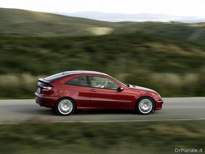 Mercedes-Benz-C320_Sport_Coupe_2004_1024x768_wallpaper_15_thumb
