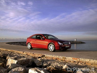 Mercedes-Benz-C320_Sport_Coupe_2004_800x600_wallpaper_03