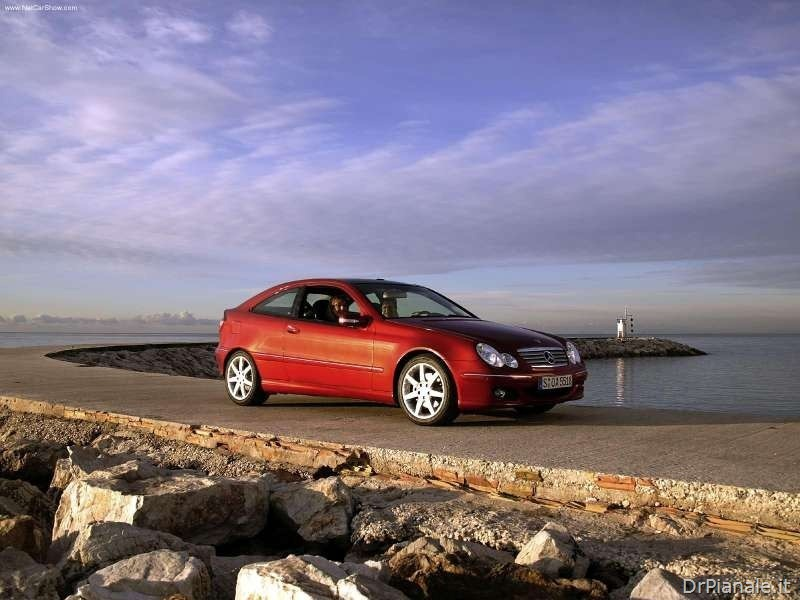 Mercedes-Benz-C320_Sport_Coupe_2004_800x600_wallpaper_03_thumb