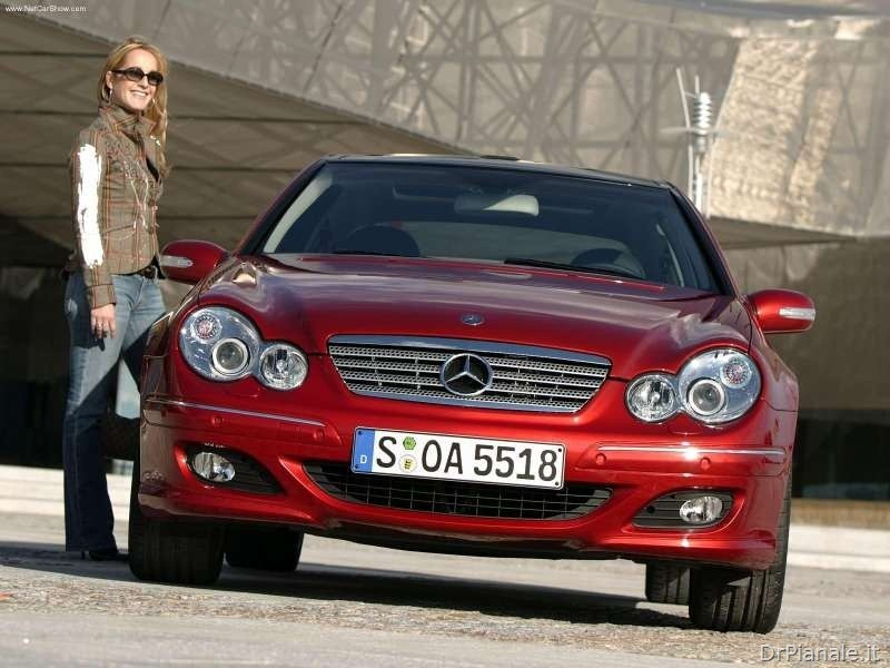 Mercedes-Benz-C320_Sport_Coupe_2004_800x600_wallpaper_09_thumb