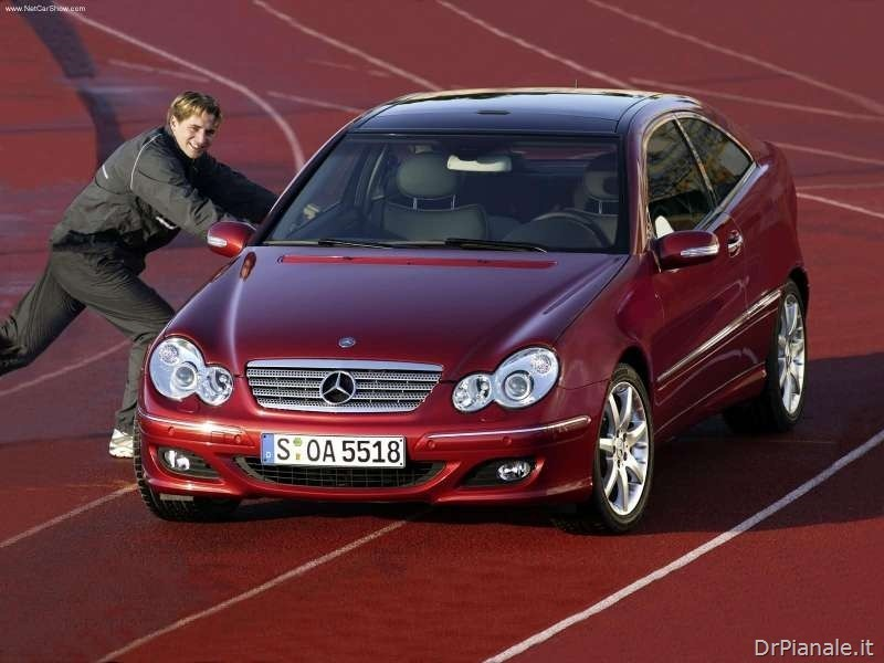 Mercedes-Benz-C320_Sport_Coupe_2004_800x600_wallpaper_0c_thumb
