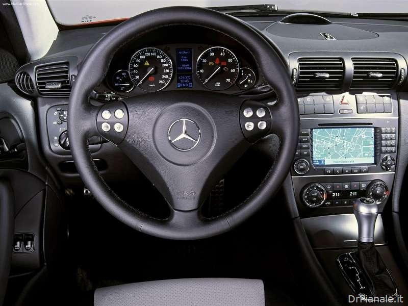 Mercedes-Benz-C320_Sport_Coupe_2004_800x600_wallpaper_18_thumb[1]