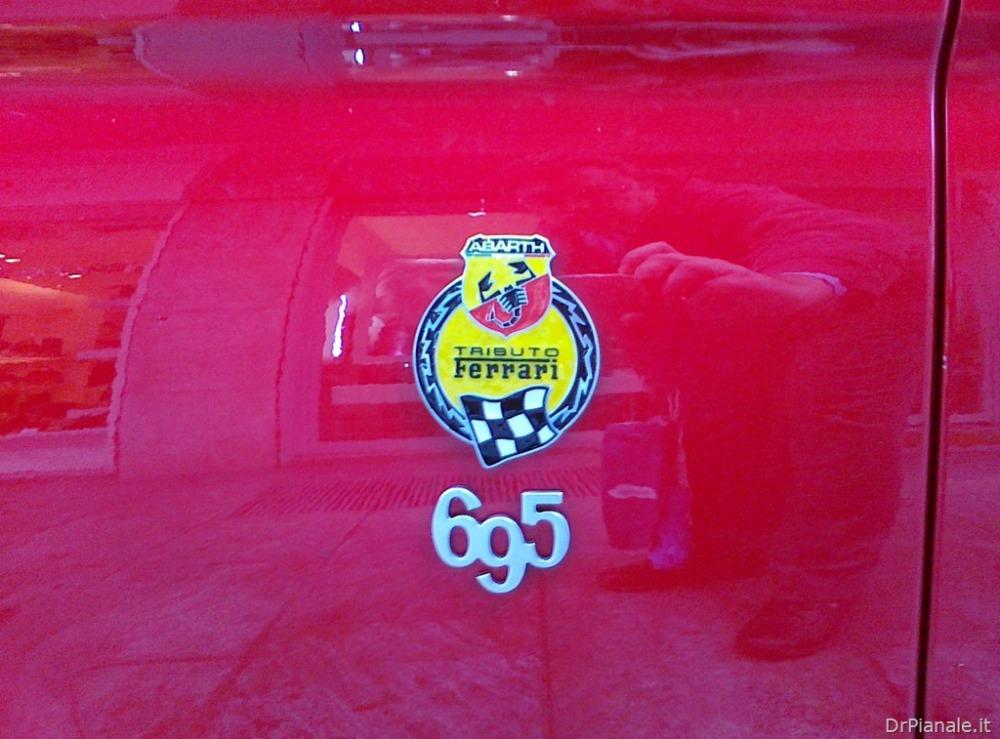 Abarth 695 Tributo Ferrari (3/3)