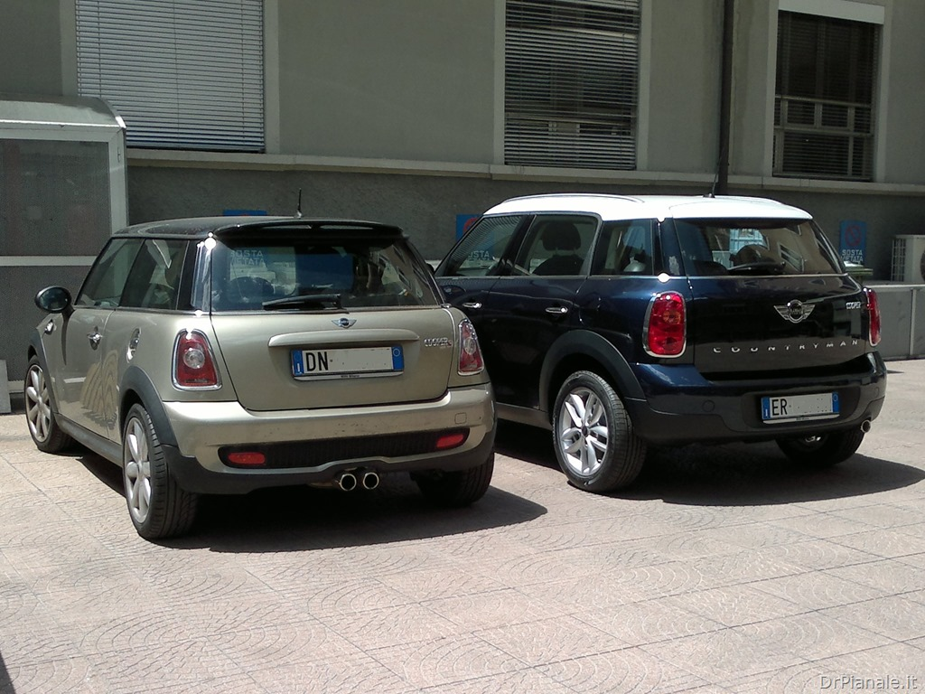 mini r56 vs mini countryman r60 il mondo del dr pianale. Black Bedroom Furniture Sets. Home Design Ideas