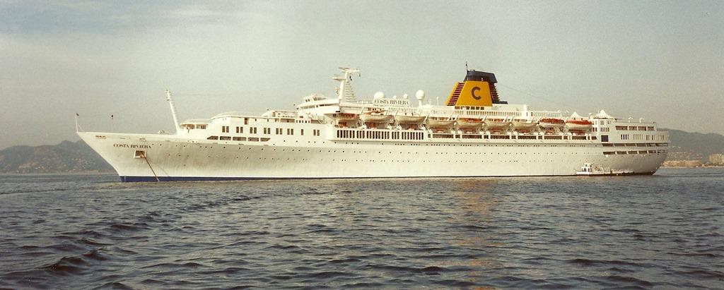 costa-riviera-cruise