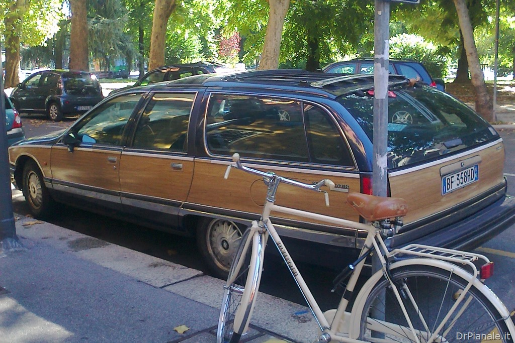 Buick Roadmaster Estate